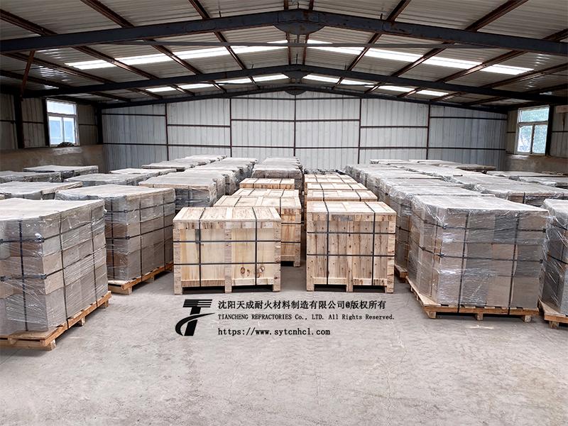 低水泥耐火预制件包装发货