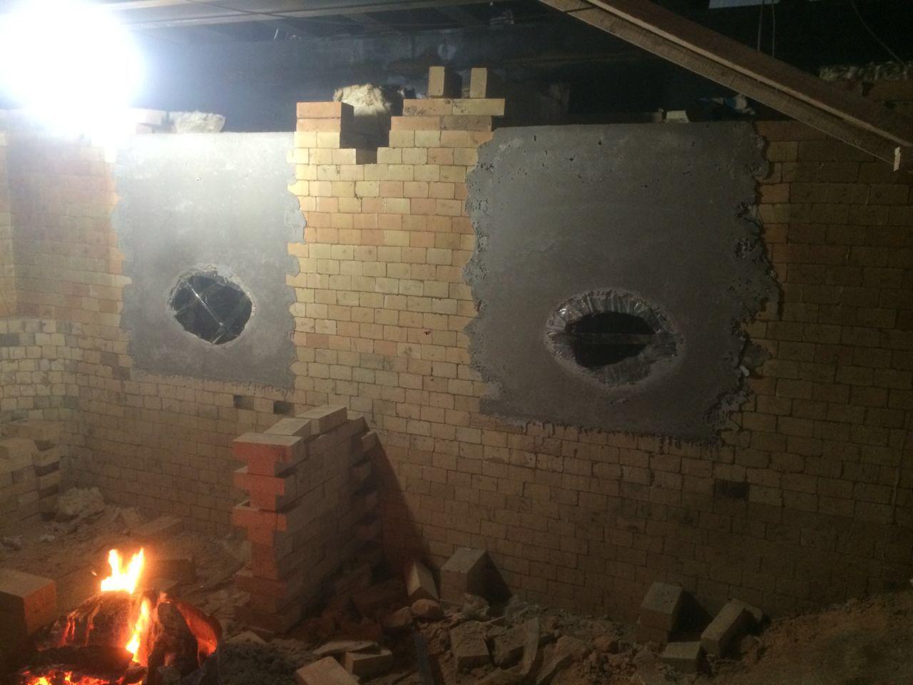 35吨熔铝炉耐火砖砌筑